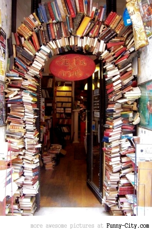 Coolest Bookstore Ever [963]