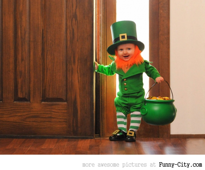 Dad turns his 6-month-old baby into a naughty Leprechaun [7 photos] [11364]