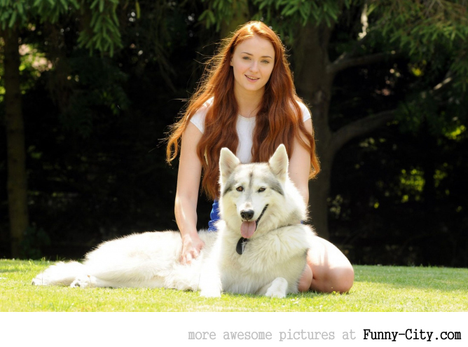 Sophie Turner with her adopted 'Dire Wolf'